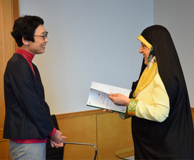 Dr. Ebtekar (right) and Dr. Kayoko Tatsumi, Director of the Middle East and Islam Program at SPF, discussing the joint report