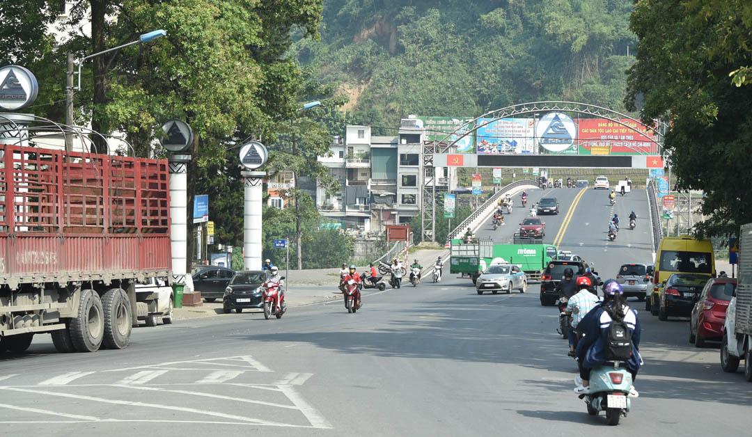 中国と国境を接するラオカイ省の街並み