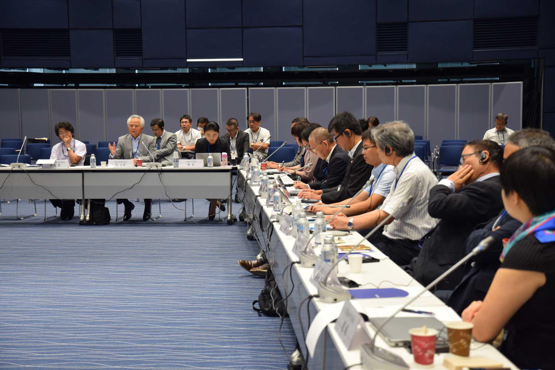 日中海洋対話会議では、さまざまなテーマをめぐり活発な議論が行われた