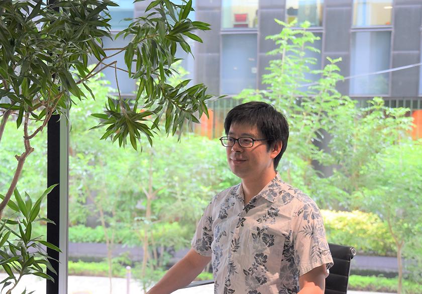 (キャプション)男性性の変化のメカニズムを解明したいと語る植田氏