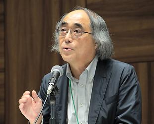 (写真キャプション)伊藤公雄客員教授