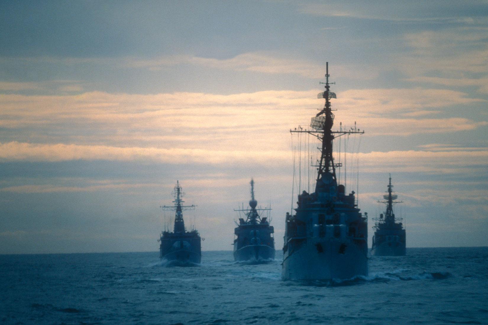 公船と軍艦