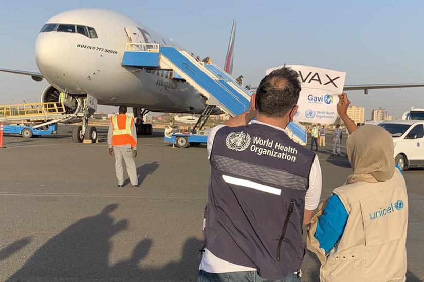 @UNICEF/UN0425059/Yeslam スーダンはMENA(中東・北アフリカ)地域でCOVAX経由のワクチンが届いた最初の国となった。