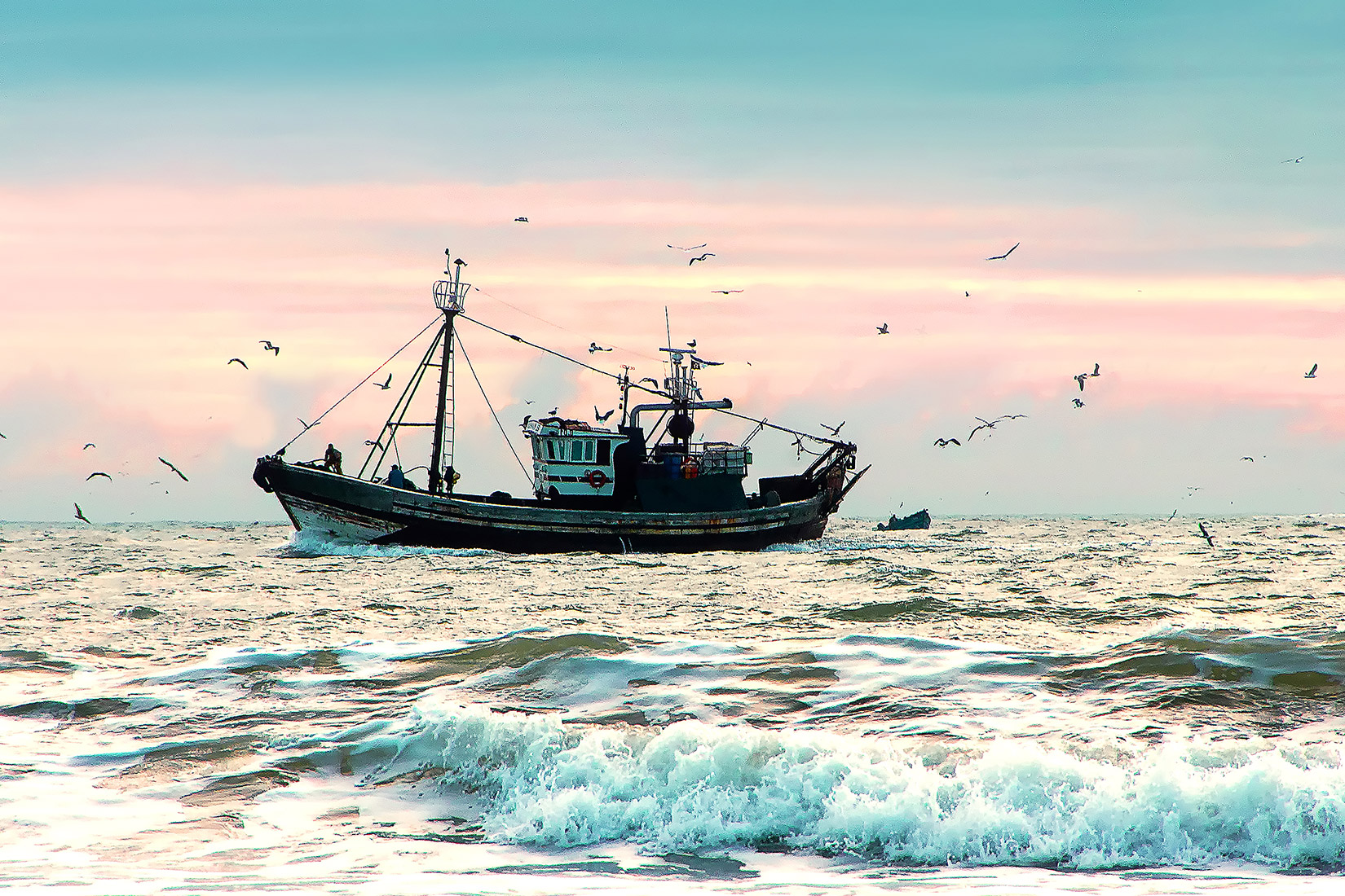 東シナ海における中国のさらなる現状変更の試み<br>−中国公船の日本漁船追跡事件で考えるべき日本の対応