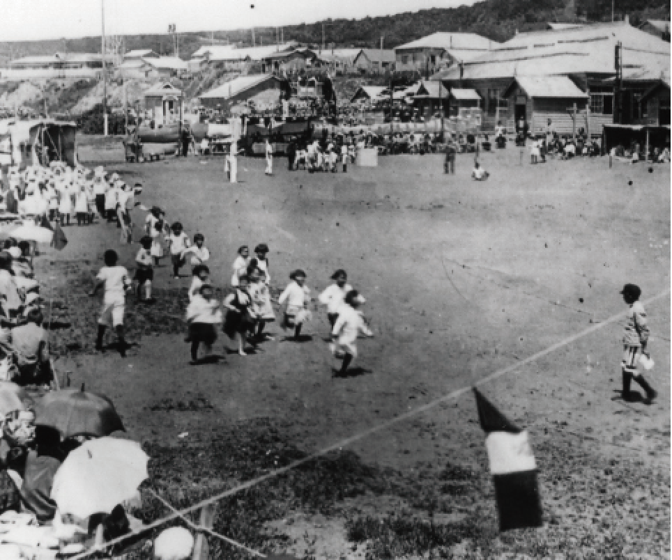 An elementary school athletic meet in Shanamura Village on Etorofu (Iturup) Island