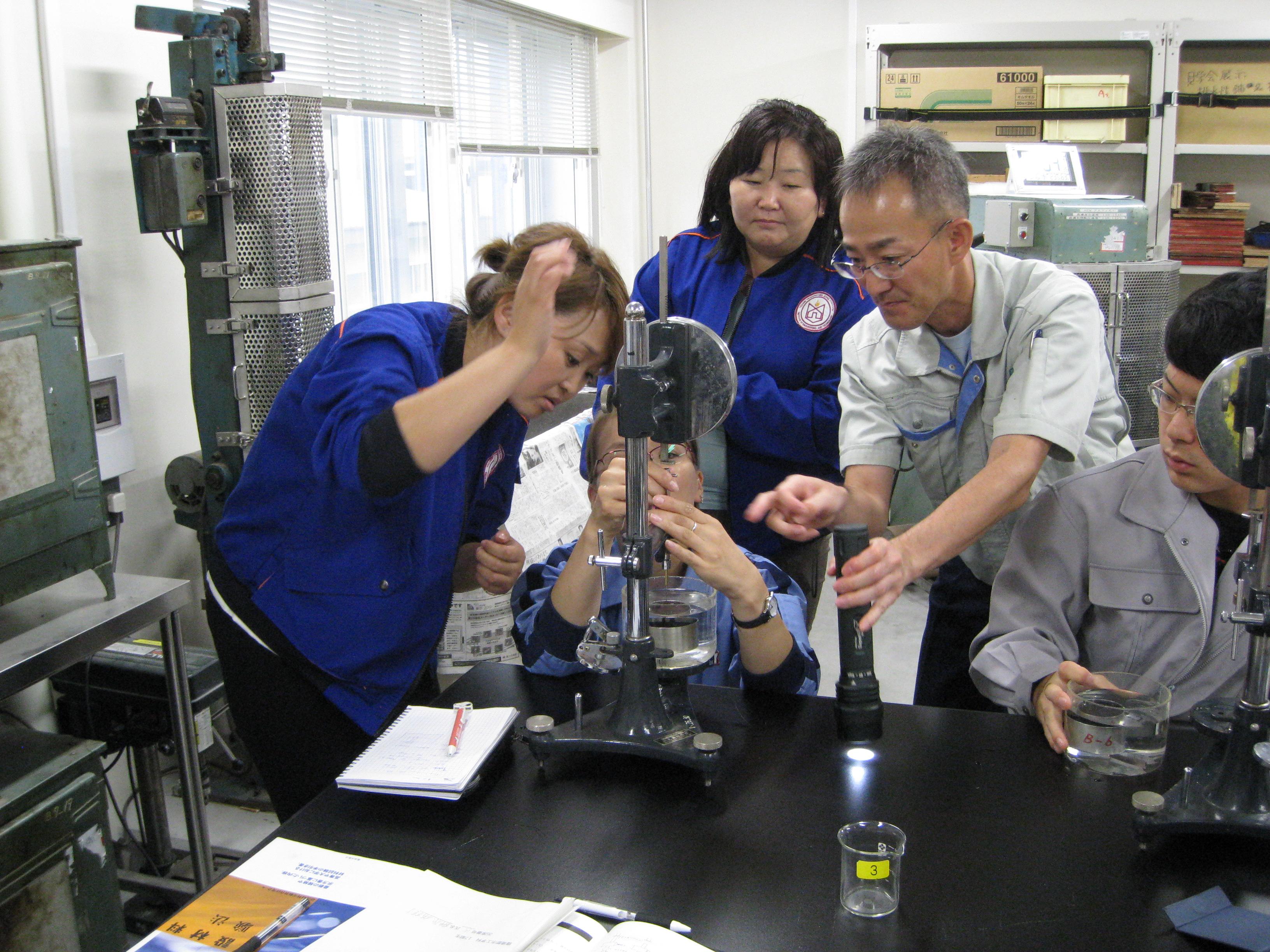 モンゴル人教職員訪日研修を実施しました「モンゴルへの日本式高専教育導入」 新着情報 笹川汎アジア基金 The